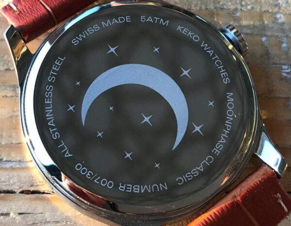 keko-moonphase-classic-case-back-engraved
