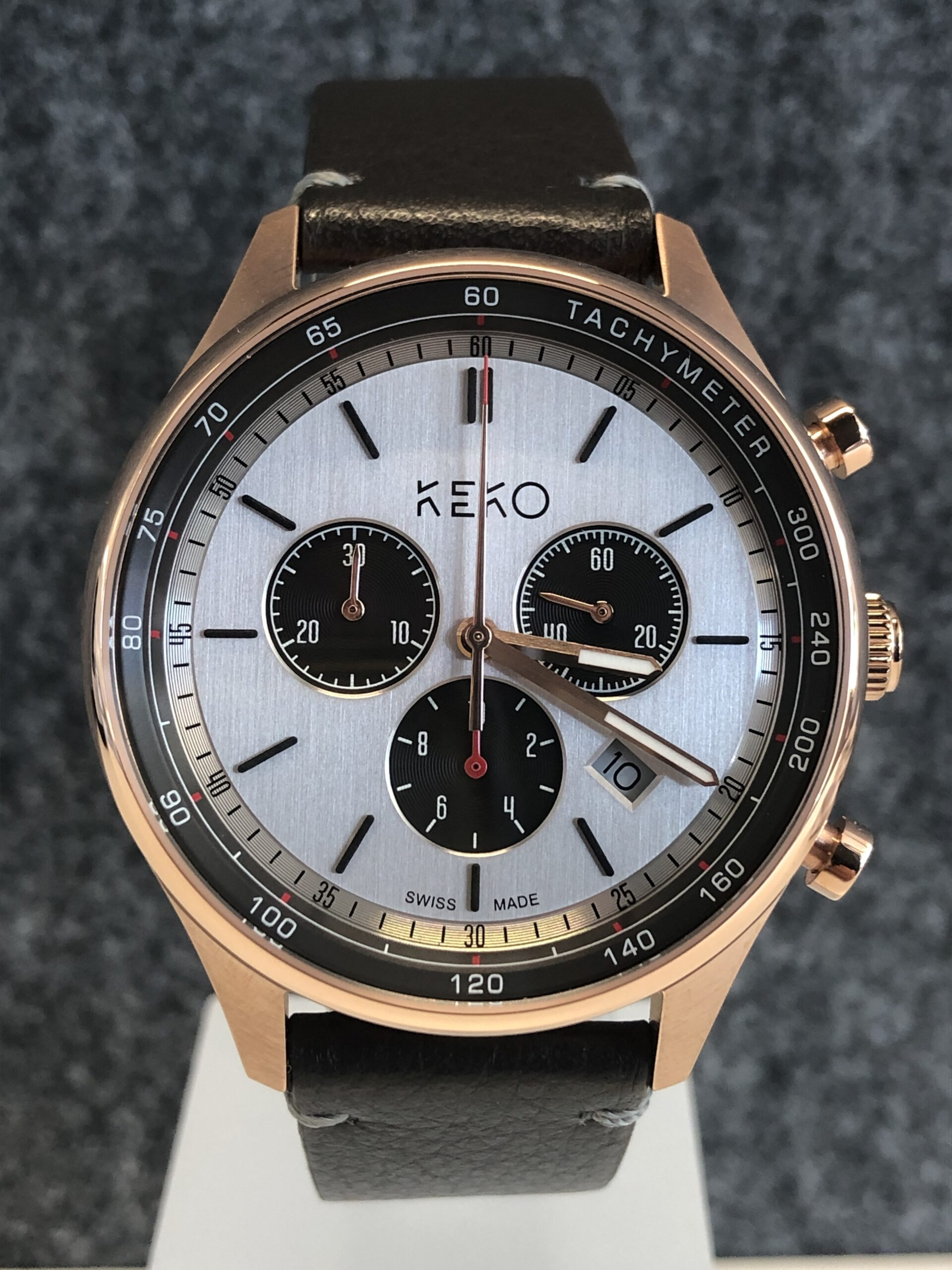 keko-chronograph-the-reliable-rosegold-frontansicht