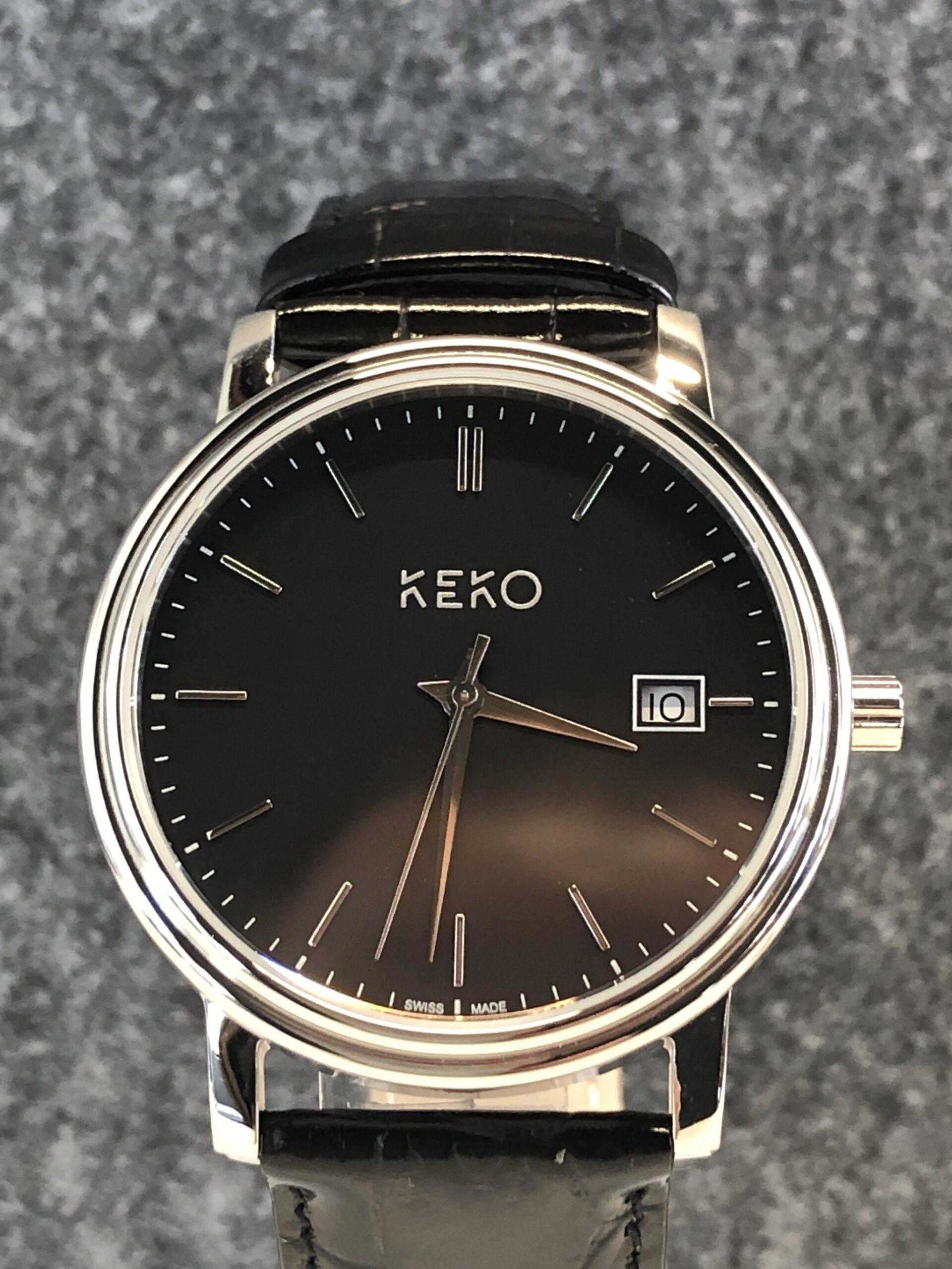 keko-uhr-classic-black-frontansicht-schwarzes-zifferblatt