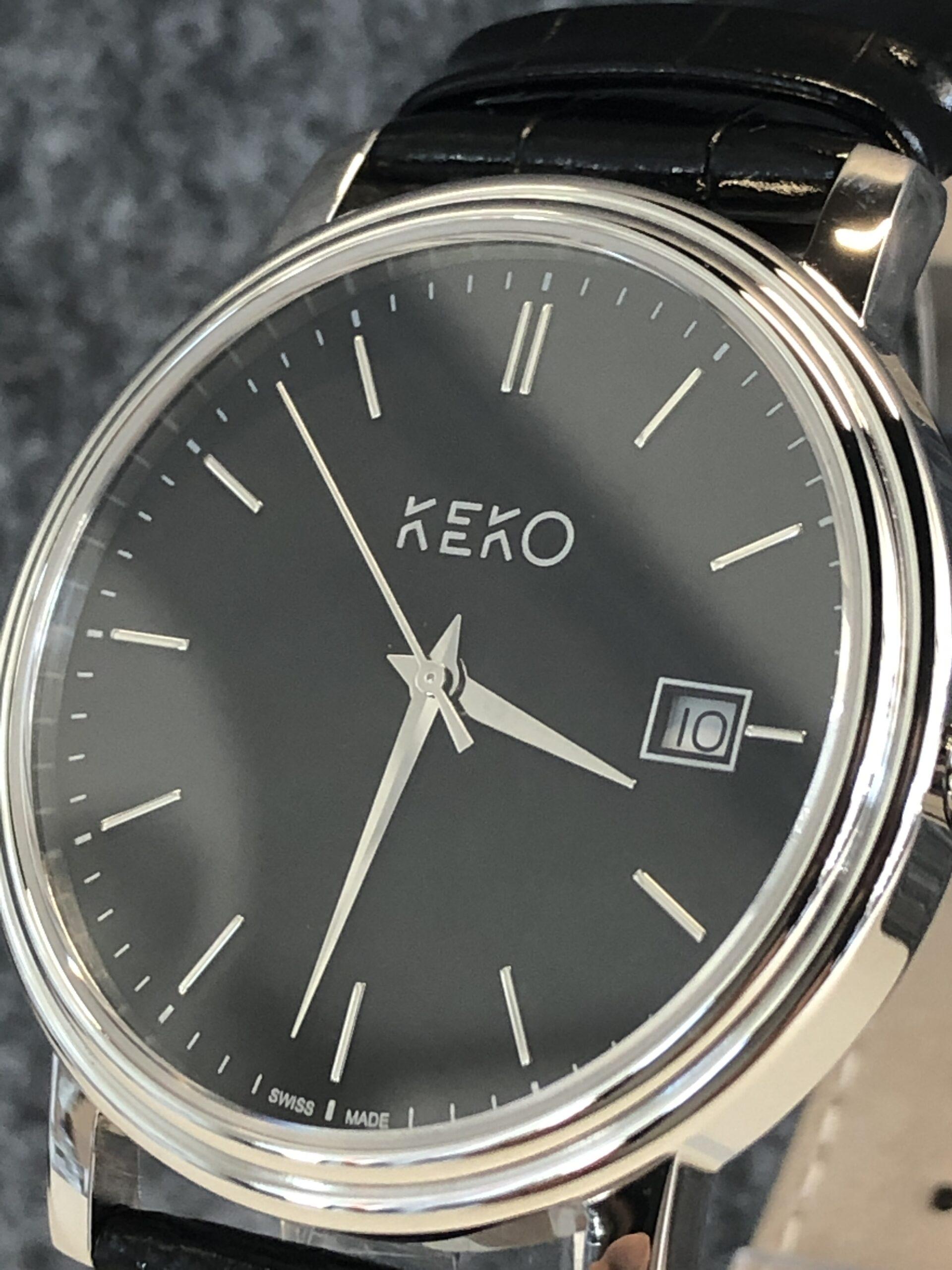 keko-uhr-classic-black-seitenansicht-mit-krone