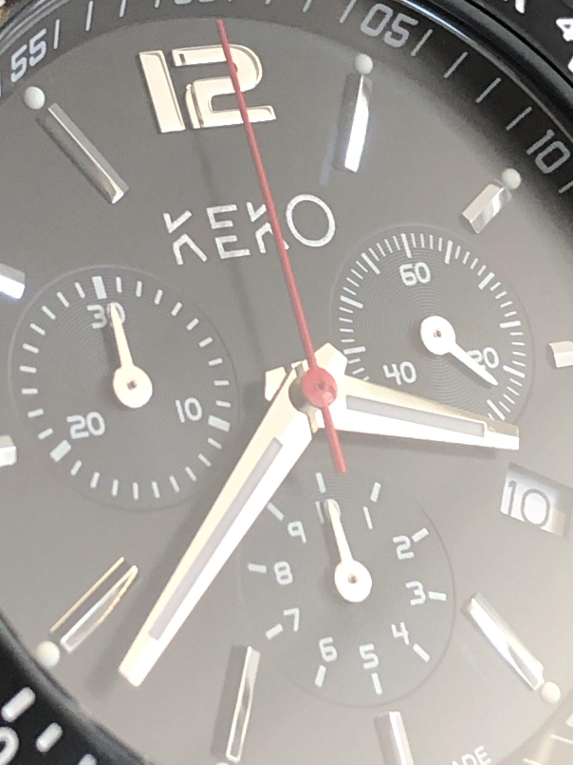 keko-chronograph-outdoor-adventure-mit-grünem-nylon-armband-seitenansicht